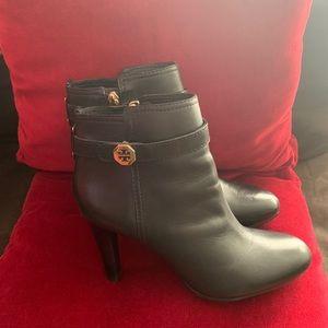 SALE!!!Tory Burch Bristol black leather booties!